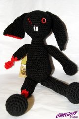Zom-Bunny [Black / Red]